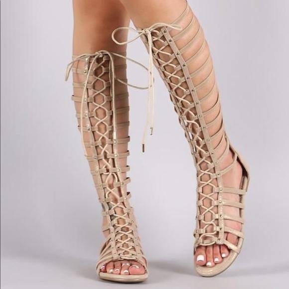 3c60e16a294 Gold Gladiator Sandals. M 5c534af91b329498d7c2a780
